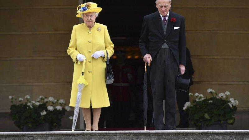 Grande-Bretagne: la reine Elizabeth II et le prince Philip fêtent leurs 70 ans de mariage