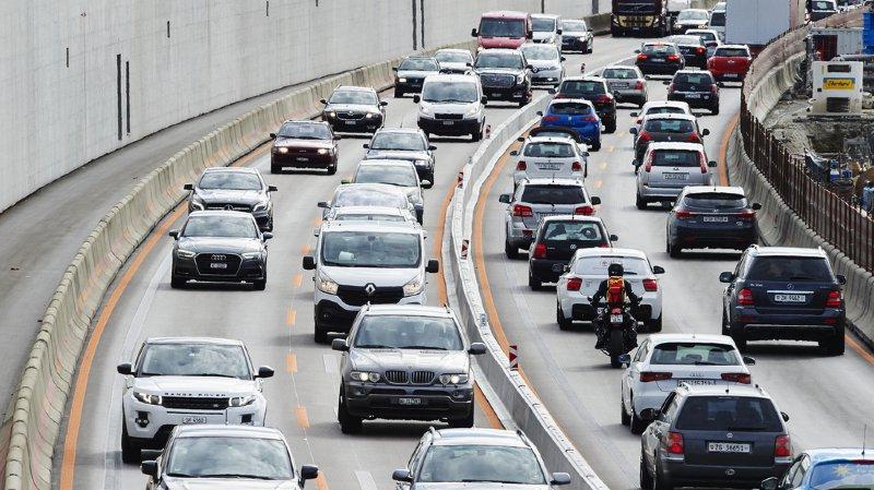 De nombreux riverains de routes suisses restent exposés au bruit lié au trafic