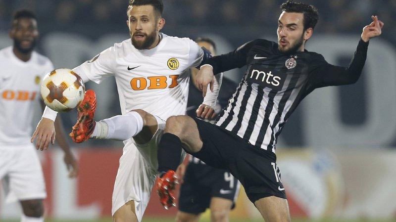 Miralem Sulejmani, à gauche, et ses coéquipiers du Young Boys prennent la porte de sortie de l'Europa League.