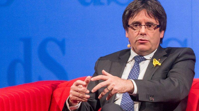 Exilés en Belgique, Puigdemont et quatre membres de son ancien gouvernement ont manifesté leur intention de rentrer en Espagne.