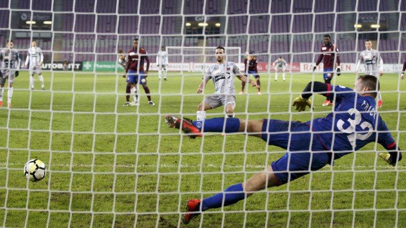 Les Neuchâtelois ont égalisé à la 88e sur un penalty provoqué et transformé par Raphaël Nuzzolo.