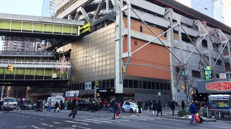 L'explosion a eu lieu à proximité de la 42e rue et de la 8e Avenue à Manhattan, non loin de Times Square, au coeur de la ville.