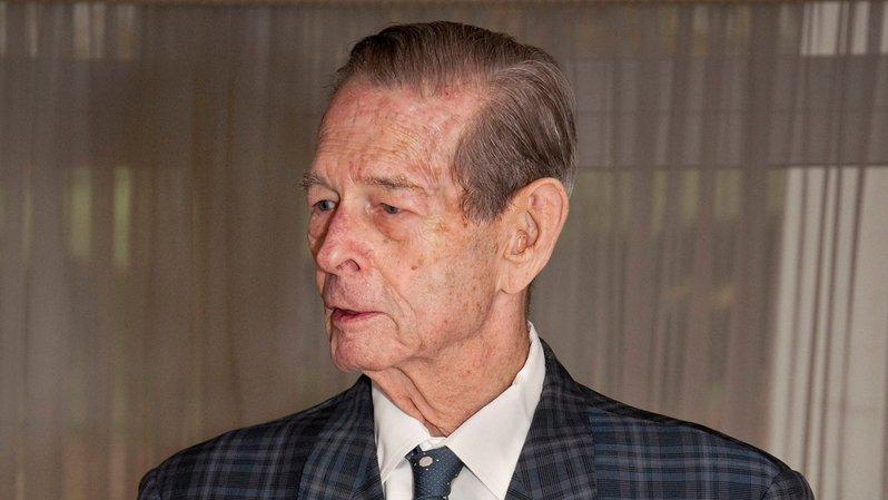Le roi lors de ses 90 ans, fêtés à Aubonne.