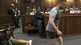 Afrique du Sud: Oscar Pistorius condamné en appel à 13 ans et 5 mois de prison