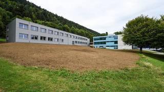 Neuchâtel: le cadavre d'un jeune homme découvert près du collège de la Fontenelle à Cernier