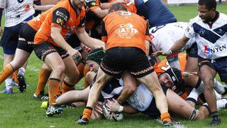 Le Nyon Rugby Club file tranquillement en quart de finale