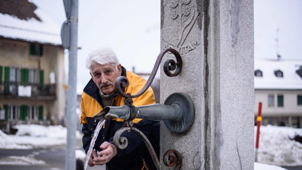 Depuis le début des précipitations de décembre, les fontaines du village de Marchissy se sont remises à couler. «Elles n'étaient plus alimentées depuis octobre. De mémoire de personnes âgées, c'est du jamais vu!», partage Jean-Claude Bays, municipal des eaux. «C'était le moment, tant attendu, qu'il pleuve en abondance.»