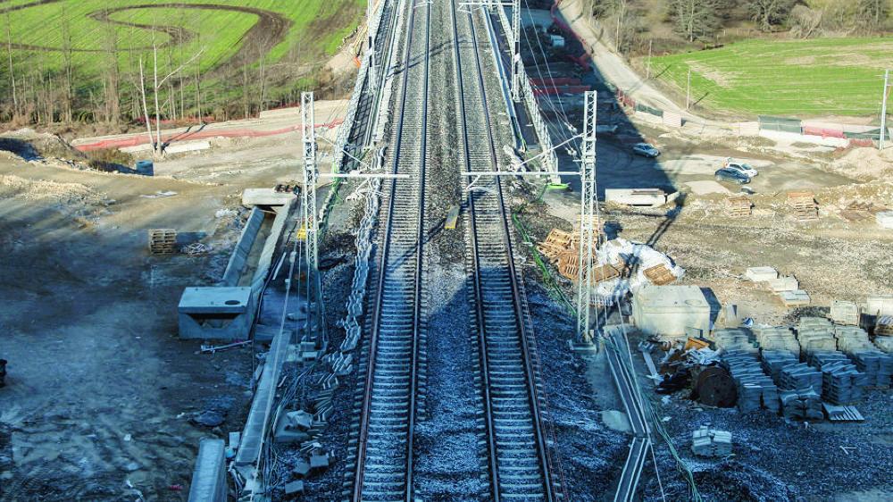 La ligne ferroviaire, encore en chantier, qui reliera Varèse à Lugano dès 2018 sera un nouveau trait d'union entre la Suisse et l'Italie.