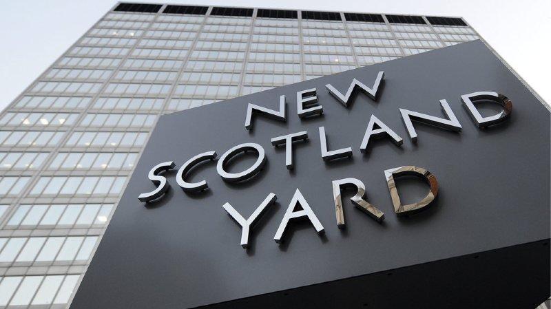 Quatre meurtres au couteau à Londres
