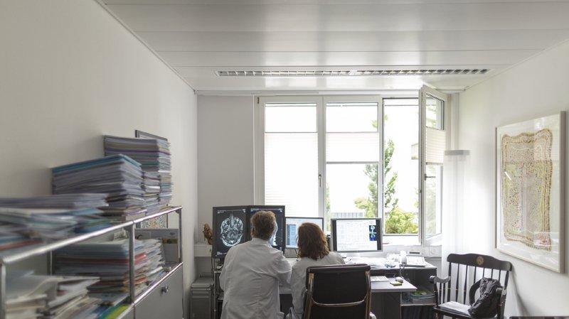 Santé: les médecins ne consacrent plus qu'un tiers de leur temps aux patients