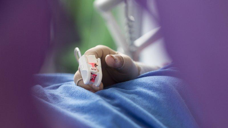 France: l'arrêt des soins pour une ado dans le coma validé contre l'avis de ses parents