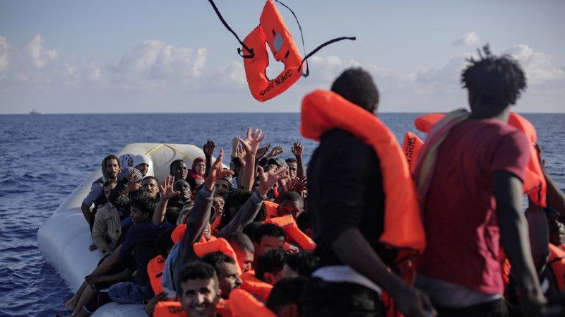 Crise migratoire: plus de 250 migrants secourus en Méditerranée