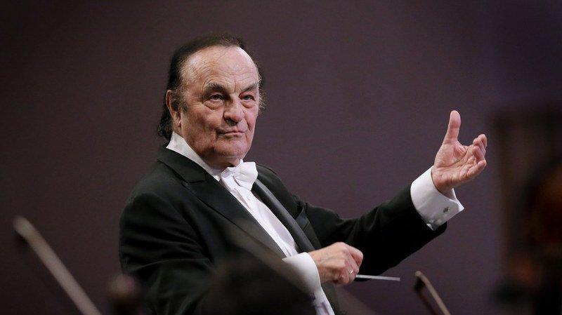 Le chef d'orchestre suisse Charles Dutoit nie les accusations d'harcèlement sexuel portées contre lui