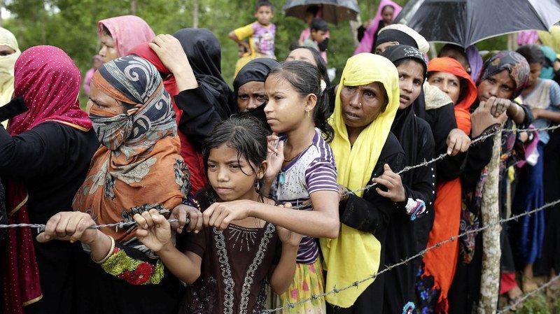 Birmanie: l'armée confirme l'existence de charniers de Rohingyas