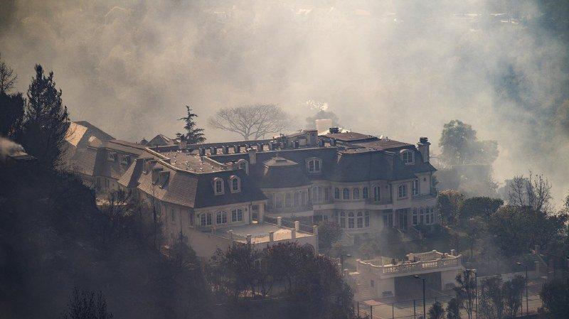 Les maisons valant plusieurs millions étaient enclavées dans un espace fermé au public.