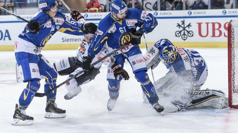Hockey: Davos bat HPK et affrontera la Suisse en demi-finale de la Coupe Spengler
