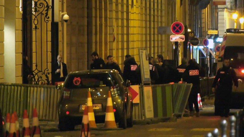 Braquage au Ritz: bijoux tous retrouvés, suspects en fuite