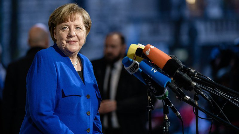 Selon plusieurs médias allemands, les discussions avaient patiné toute la nuit notamment sur des questions fiscales et sur la politique migratoire.