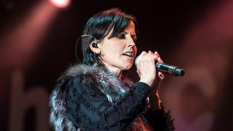 Le décès à Londres de la chanteuse des Cranberries, Dolores O'Riordan, n'est pas considérée comme suspecte, a déclaré mardi la police.