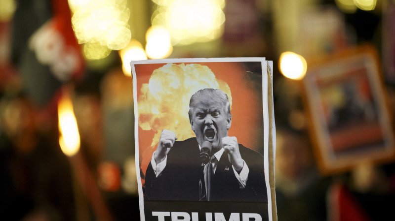 Lausanne: plus de 250 manifestants contre la venue de Trump à Davos