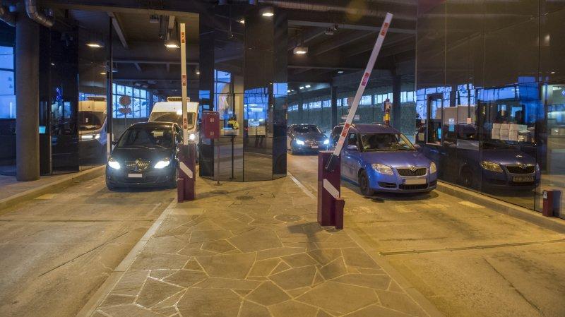 Une heure après la réouverture du tunnel du Grand-Saint-Bernard ce dimanche matin à 8 heures, 130 passages ont été enregistrés du côté suisse.