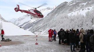 Des touristes évacués de Zermatt par la voie des airs
