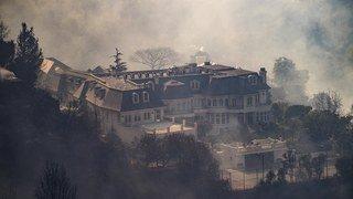 Los Angeles: l'incendie du luxueux quartier de Bel-Air causé par un campement de sans-abri
