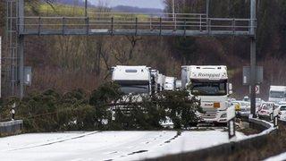 Tempête Eleanor/Burglind: trafic ferroviaire et routier encore perturbé et des millions de francs de dégâts