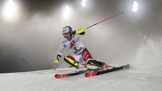 Ski alpin: Holdener éliminée, Schild devance Shiffrin