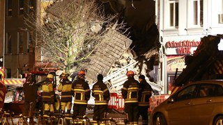 Belgique: trois immeubles s'effondrent à Anvers après une explosion, 2 morts et 14 blessés