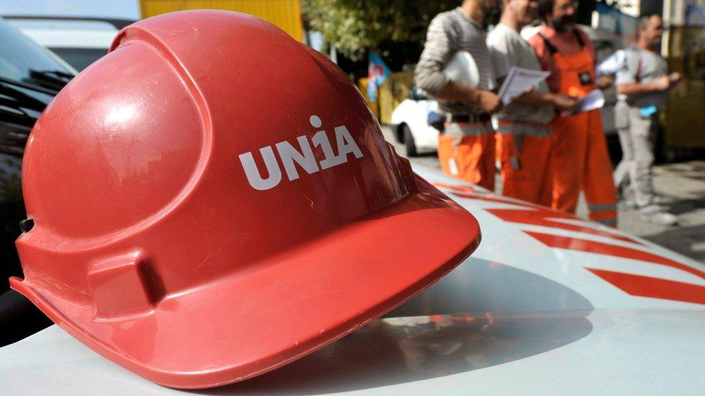 L'UDC tire à boulets rouges contre les syndicats, accusés de vouloir régulariser à outrance le marché et surprotéger les employés.