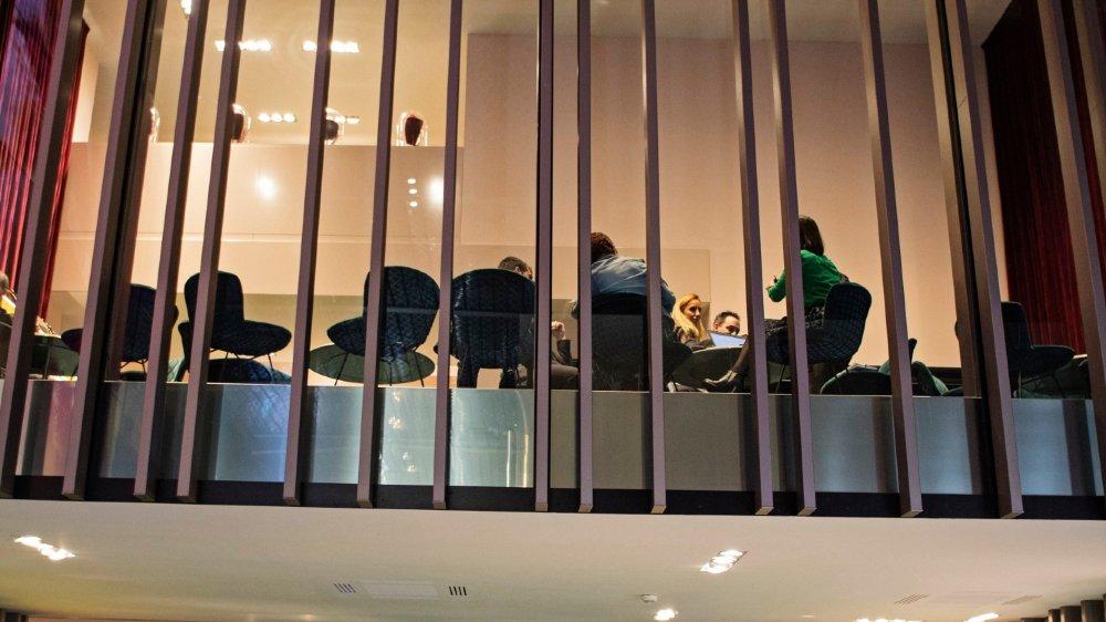 Présente au Tessin depuis 1996, la marque de prêt-à-porter Gucci, appartenant au groupe français Kering, aurait facturé en Suisse des activités de production et de ventes faites en Italie.