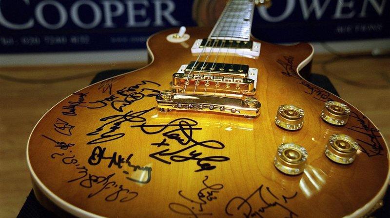 Musique: Gibson, mythique fabricant de guitares, se débat contre la faillite