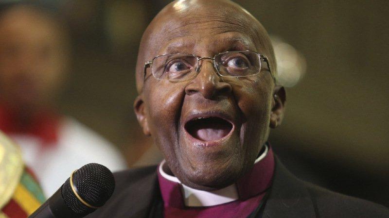 Scandale à Oxfam: Tutu renonce à son rôle d'ambassadeur, un ex-cadre avoue avoir fait des erreurs