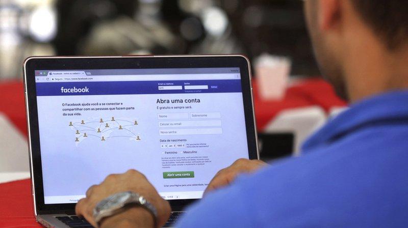 Les critiques pleuvent depuis plus d'un an sur les réseaux sociaux, en particulier Facebook, accusés d'avoir laissé pulluler la désinformation