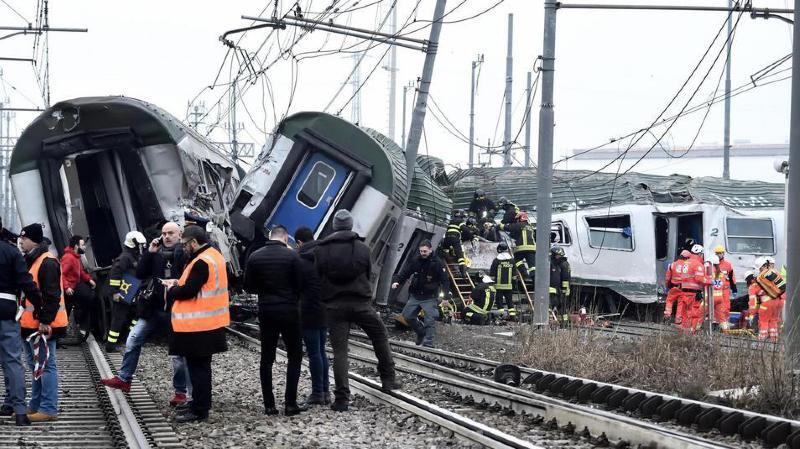 Un train déraille près de Milan, au moins 3 morts et 10 blessés graves