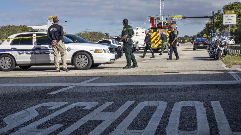 Etats-Unis: Donald Trump va se rendre sur les lieux de la fusillade dans une école de Floride