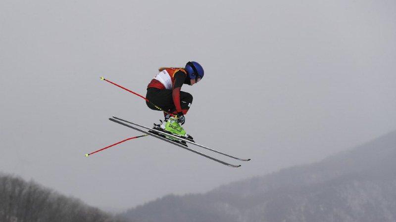 Coupe du monde de skicross: les Suisses Fanny Smith et Jonas Lenherr s'imposent à Sunny Valley