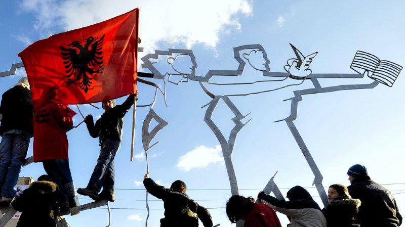 La Suisse apporte une aide à de multiples niveaux au Kosovo