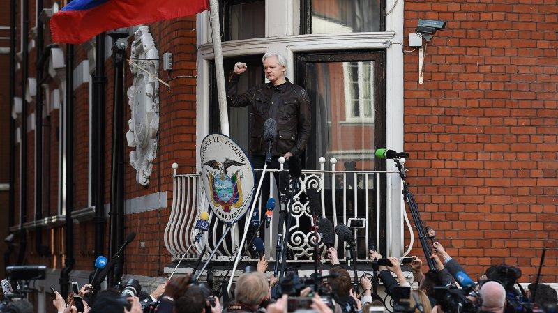 Julian Assange: mandat d'arrêt maintenu
