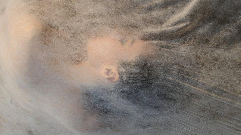 Peinture, perfo, photo: Bernard Garo fait feu de tout bois