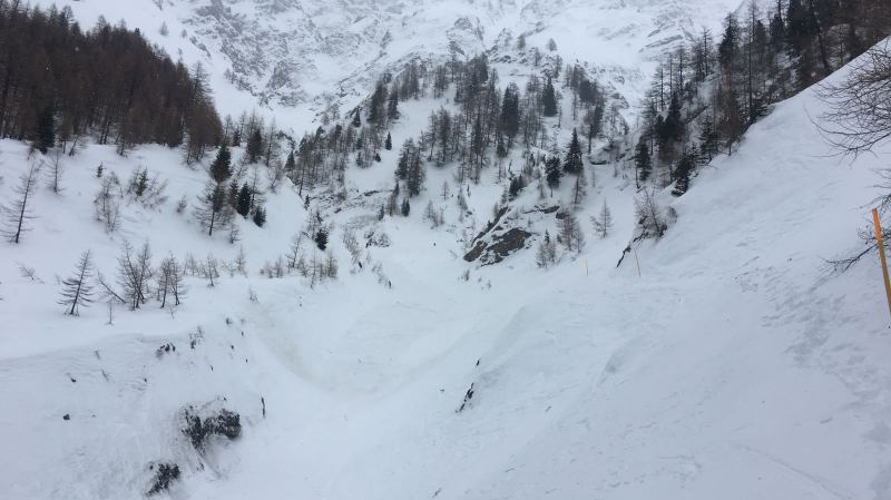 Valais: deux personnes meurent dans une avalanche à La Fouly, un seul corps a été retrouvé