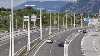 France: il court au bord de l'autoroute pour rejoindre l'aéroport de Lyon