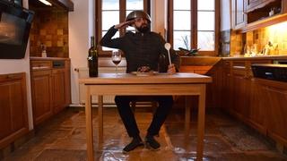 Julien Mégroz se met à table en musique et avec poésie