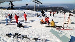 Pourquoi les camps de ski sont menacés