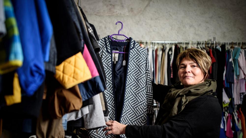 Le Vestiaire et sa multitude d'habits en seconde main, Anne Boschung Fedele le connaît dans ses moindre recoins.