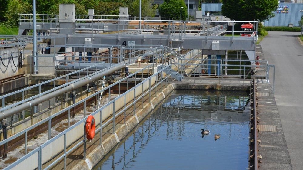 Un bassin sera transformé pour traiter les eaux diluées, deux autres pour les micropolluants. Une nouvelle construction avec des décanteurs et des bassins biologiques s'installera sur le parking actuel de Vertou.