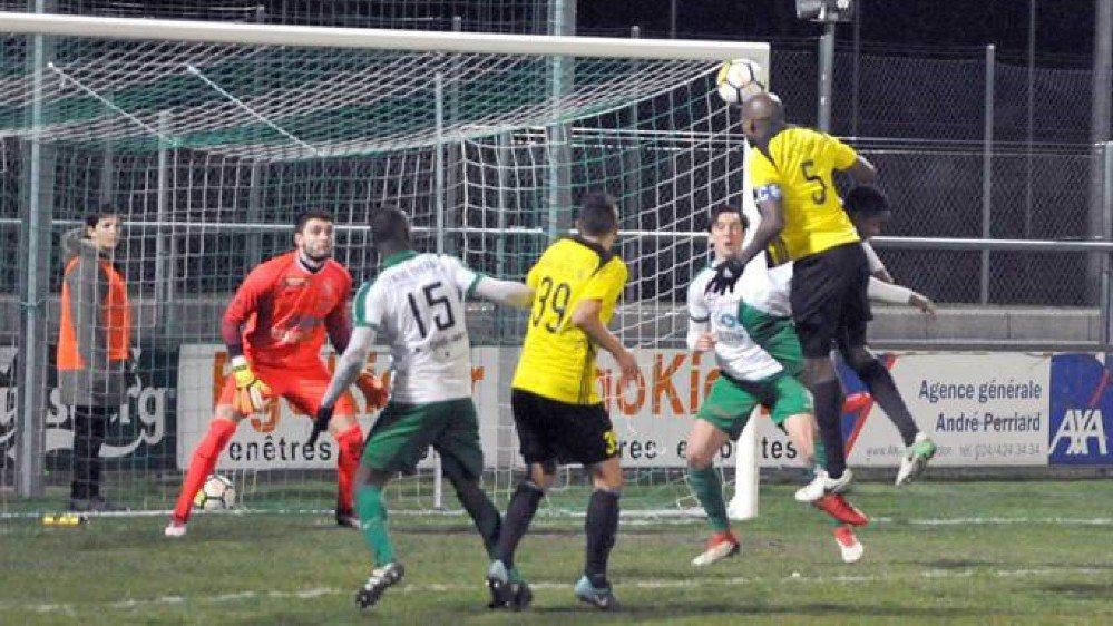 Le Nyonnais Ibrahim Tall (n°5) et ses coéquipiers ont fait un pas de plus vers la promotion.