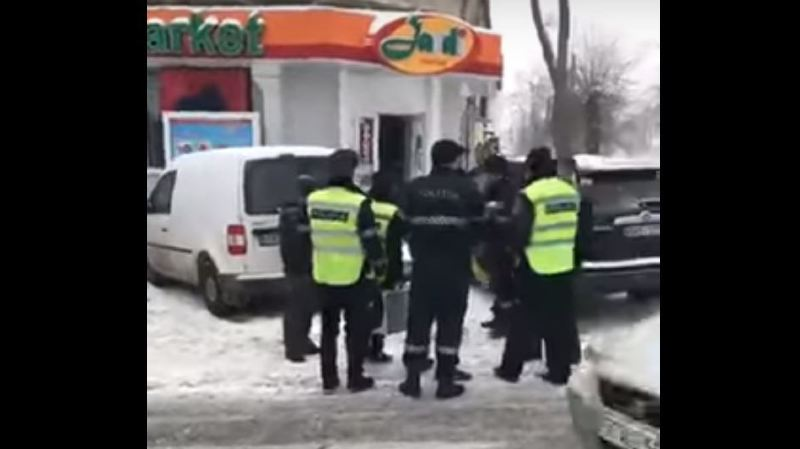 L'explosion a eu lieu en milieu de journée dans une petite épicerie du centre de la capitale moldave.