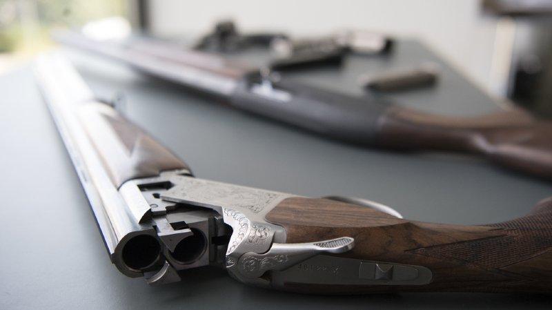 Le Conseil fédéral vient de remettre aux Chambres fédérales son projet de reprise allégée d'une directive de l'Union européenne (UE) sur les armes. (illustration)